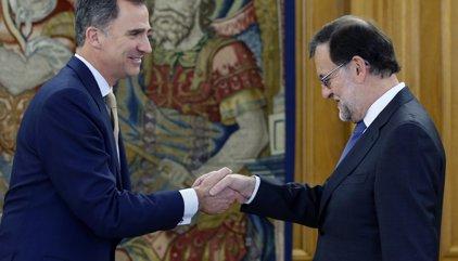 Rei reprèn la ronda de consultes rebent CDC, PNB i les confluències territorials de Podem