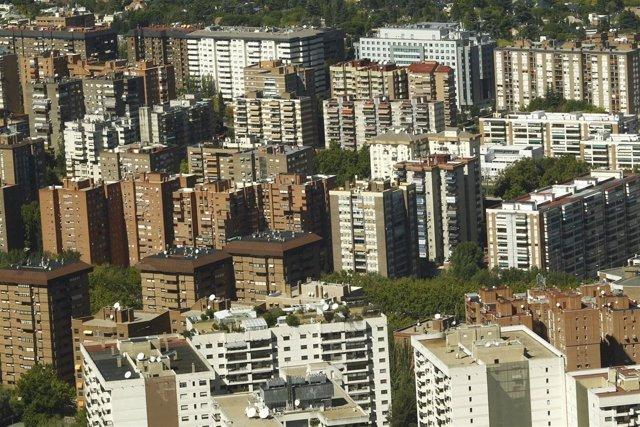 El comprador de vivienda tiene 38 años y contrato indefinido, según fotocasa