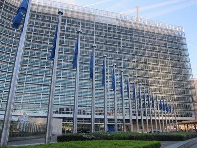 Brussel·les cancel·la la multa a Espanya per incomplir el dèficit (EUROPA PRESS)