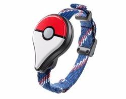 Pokémon GO Plus, el 'wearable' per a entrenadors, no arribarà fins al setembre (EUROPA PRESS)
