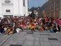Los peregrinos inundan las calles de Cracovia a la espera de la llegada del Papa a la JMJ