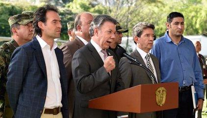 Santos devolverá el voto a los militares tras firmar la paz
