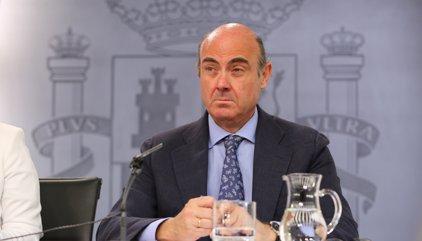"""Guindos augura que la banca espanyola """"quedarà bé"""" en els test d'estrès"""