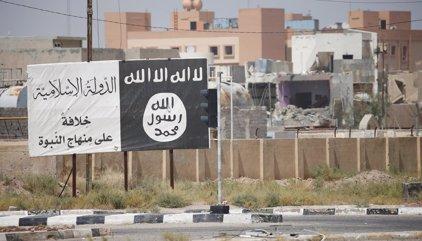 Las derrotas militares dejan el mercado petrolero de Estado Islámico al borde del colapso