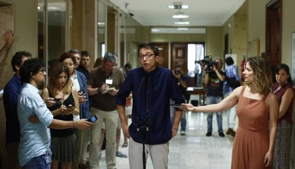 """Podemos critica que Rajoy acepte """"en diferido"""" formar gobierno y no aclare su investidura: """"Genio y figura"""""""