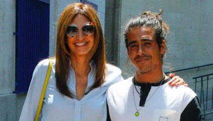 Exclusiva: Mariló Montero festeja su 51 cumpleaños con una visita a Telecinco