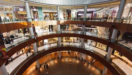 Les vendes en grans superfícies de Catalunya pugen un 2,5% al juny