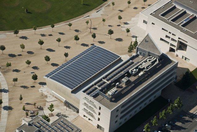 Foto: La Universitat de Lleida instala placas solares de autoconsumo (UDL)