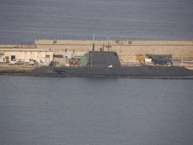 Foto: El submarino 'HMS Ambush' abandona Gibraltar para ser reparado en Reino Unido (EUROPA PRESS/ARCHIVO/VERDEMAR)