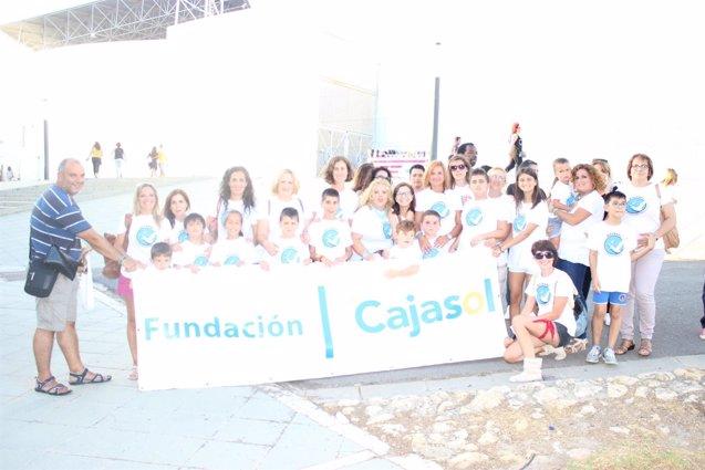 Foto: Colectivos sociales disfrutan del concierto de Alejandro Sanz en Huelva gracias a Cajasol (EUROPA PRESS/CAJASOL)