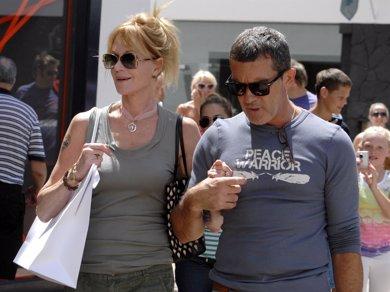 Antonio Banderas y Melanie Griffith, una foto en familia