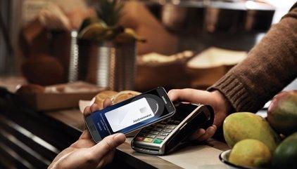 Els usuaris del Samsung Galaxy A5 ja poden pagar les compres amb Samsung Pay
