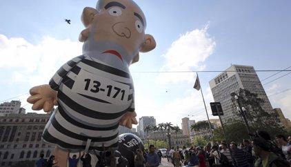 Brasil.- La defensa de Lula da Silva niega la obstrucción a la justicia y desacredita la revelación de un reo confeso