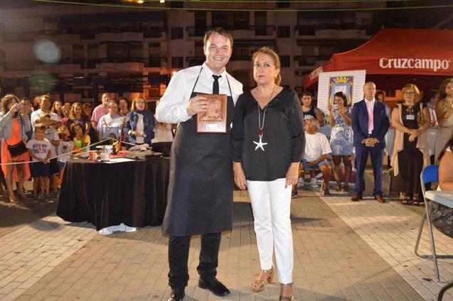 Foto: Concluye el IV concurso nacional de cortadores de jamón de Punta Umbría (EUROPAPRESS/AYUNTAMIENTOPUNTA)