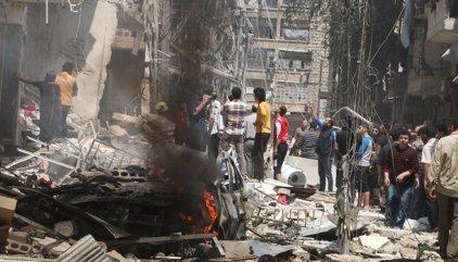 Unos 200 civiles logran salir de Alepo por el corredor humanitario ruso