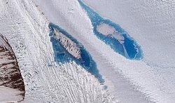 El desglaç genera gairebé 8.000 llacs en la superfície de l'Antàrtida (DIGITALGLOBE, INC.)