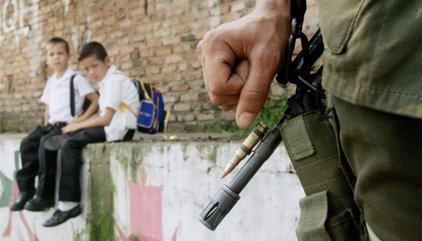 Desmantelan una banda que utilizaba a niños para cometer delitos en Colombia