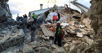 El último balance oficial eleva a 250 los muertos en el terremoto de Italia
