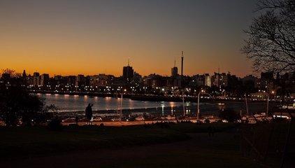 'Noche de la Nostalgia', cuando Uruguay se convierte en el país que nunca duerme