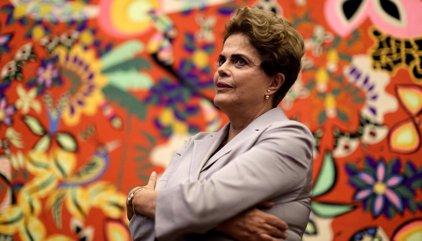 "Rousseff asiste a un acto contra su 'impeachment': ""Vamos a resistir todos juntos"""