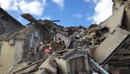 """Testimonis del terratrèmol a Itàlia: """"El llit es movia com una barca"""""""