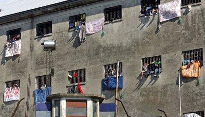 ¿Cuál es el plan del gobierno bonaerense para descomprimir las cárceles?