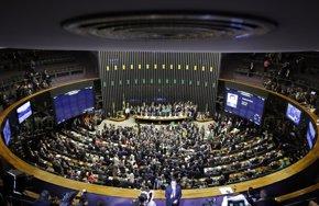 Foto: El Congreso brasileño aprueba la ley presupuestaria para el año 2017 (REUTERS)