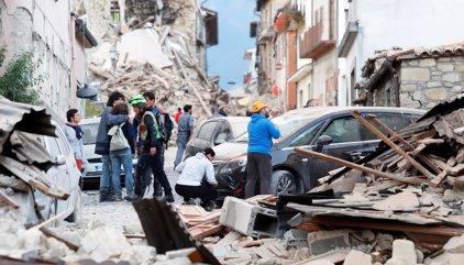 Una testigo afirma que entre los fallecidos por el terremoto hay una española