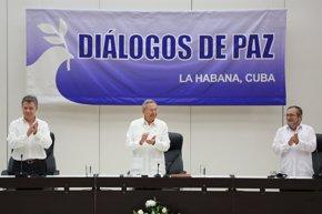 Foto: El mundo celebra el acuerdo de paz entre las FARC y el Gobierno de Colombia (ALEXANDRE MENEGHINI/REUTERS)