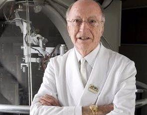 Fallece a los 89 años el oftalmólogo Joaquim Barraquer (UCAM)