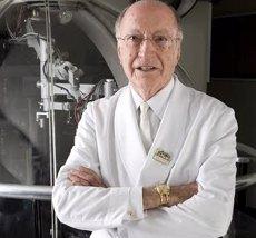 Mor als 89 anys l'oftalmòleg Joaquim Barraquer (UCAM)