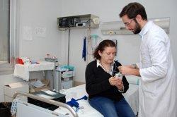 Metges catalans demanen eradicar la precarietat amb un