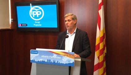 Alberto Fernández (PP) impugna la taxa per a pisos buits a grans tenidors