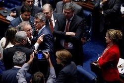 Finalizan las declaraciones de los testigos del 'impeachment' contra Rousseff (REUTERS)
