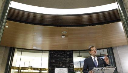 Rajoy insisteix a demanar un canvi al PSOE perquè els 170 suports encara no són suficients