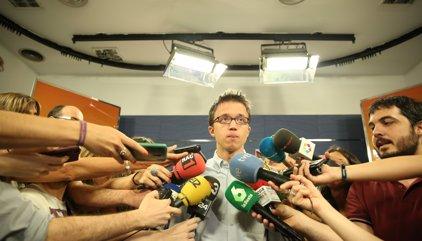 """Errejón qualifica el pacte d'""""indignitat"""" i demana mantenir-se """"ferm"""" en el """"no"""""""