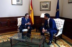 Rajoy i Sánchez tanquen en 25 minuts la reunió prèvia al debat d'investidura (EUROPA PRESS)