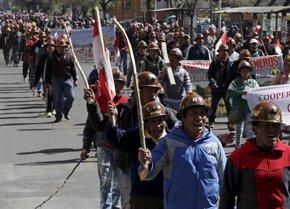 Foto: Prisión para nueve cooperativistas mineros por el asesinato de Rodolfo Illanes (REUTERS)