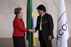 """Foto: Morales muestra su apoyo a Rousseff y denuncia """"persecución judicial"""" (REUTERS)"""
