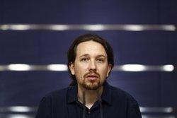 Pablo Iglesias compara el discurs de Rajoy amb una vinyeta d'Hermano Lobo':