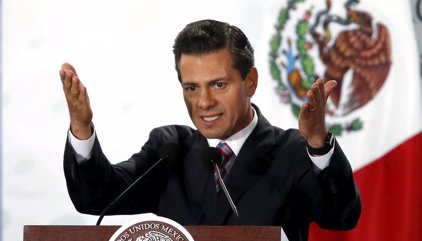 """México/EEUU.- Trump acepta la invitación de Peña Nieto y asegura estar """"deseando"""" reunirse con él el miércoles"""