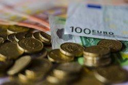 Estat eleva el seu dèficit al 2,6% del PIB el juliol, vuit dècimes per sobre de l'objectiu (EUROPA PRESS)