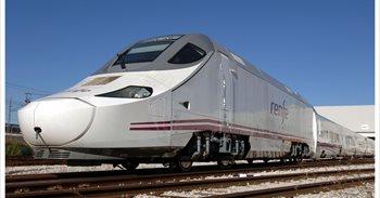 Un maquinista para el tren al cumplir sus horas de conducción para no...