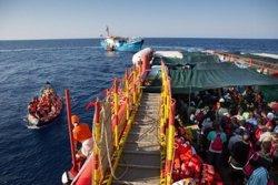 Save the Children rescata 200 persones al Mediterrani, entre elles 40 nens (SAVE THE CHILDREN)