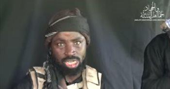 El líder de Boko Haram reaparece para aclarar que está vivo
