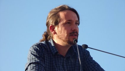 """Iglesias avisa el PSOE que els resultats del 25S l'obliguen a mirar Podem """"d'igual a igual"""""""