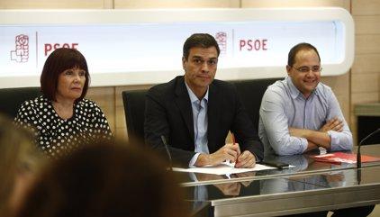 Pedro Sánchez anuncia a l'executiva que vol convocar ja el 39è congrés federal, amb primàries a l'octubre