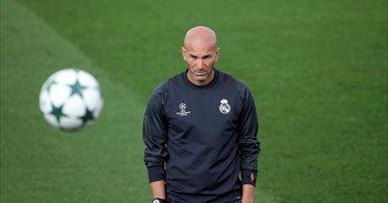 """Zidane, sobre Cristiano: """"Yo no soy tonto y él es inteligente, estamos..."""