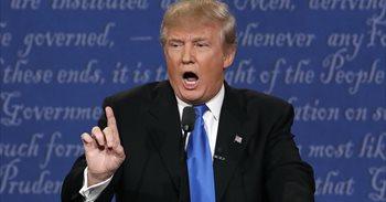 Trump y sus constantes sorbidos con la nariz acaparan las redes sociales