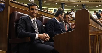 Los críticos del PSOE presentan 17 dimisiones de miembros de la Ejecutiva...